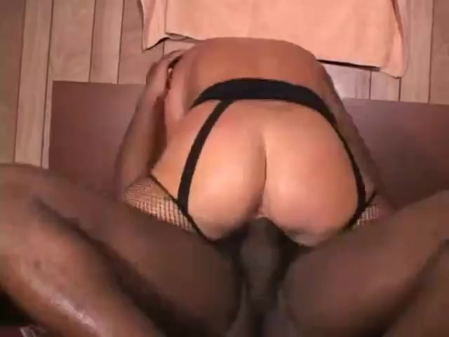 Amateur Cheating Wife Creampie